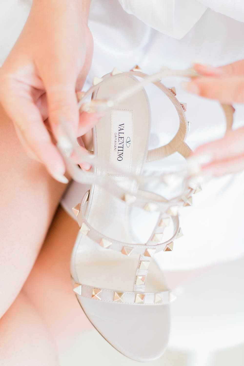 valentino brides shoes zante zakynthos wedding photographer
